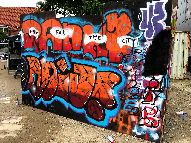 Graffiti piece udført af ung kunstner til Street Attack 2017 i Silkeborg